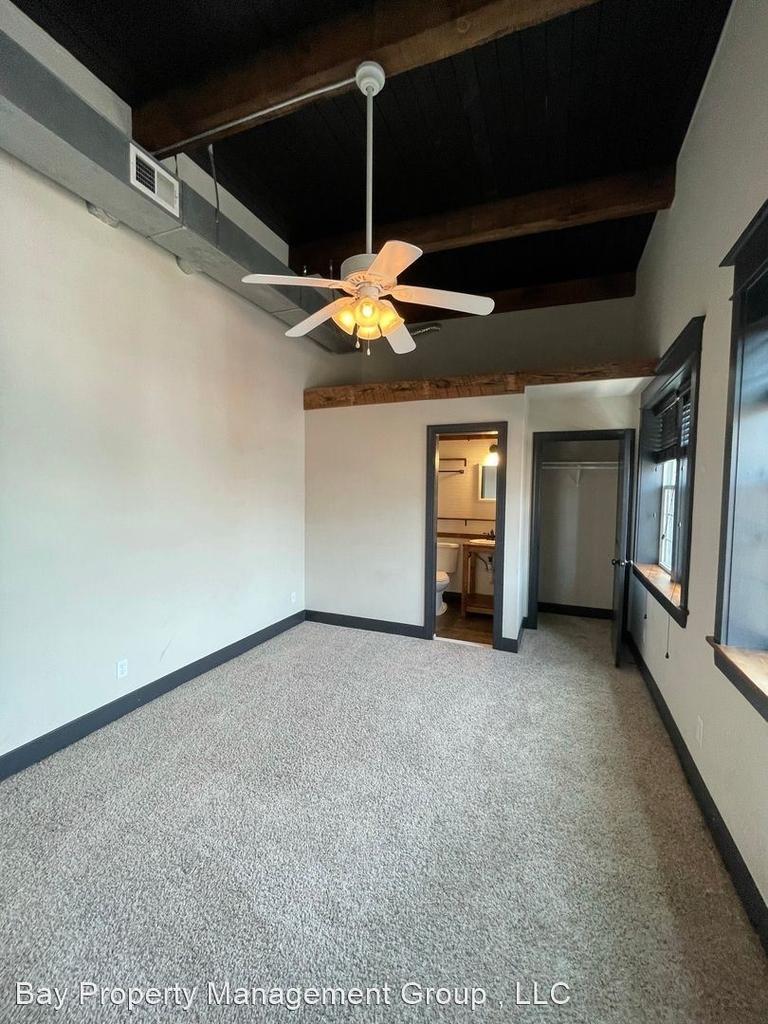 916 Washington Blvd - Upper Floor - Photo 8