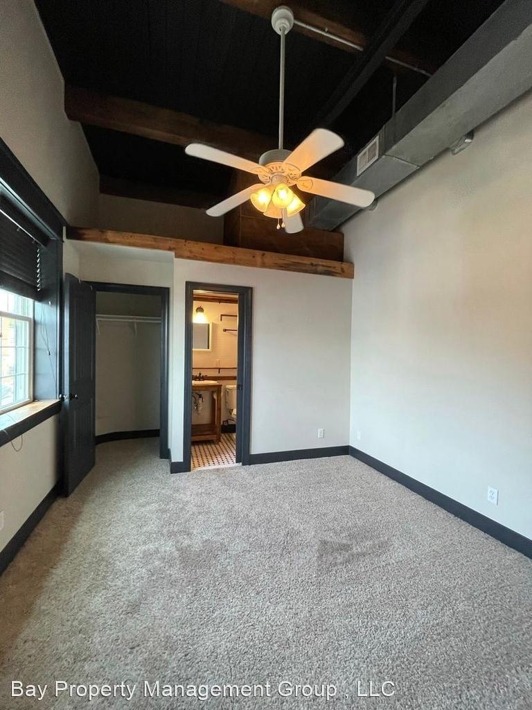 916 Washington Blvd - Upper Floor - Photo 16