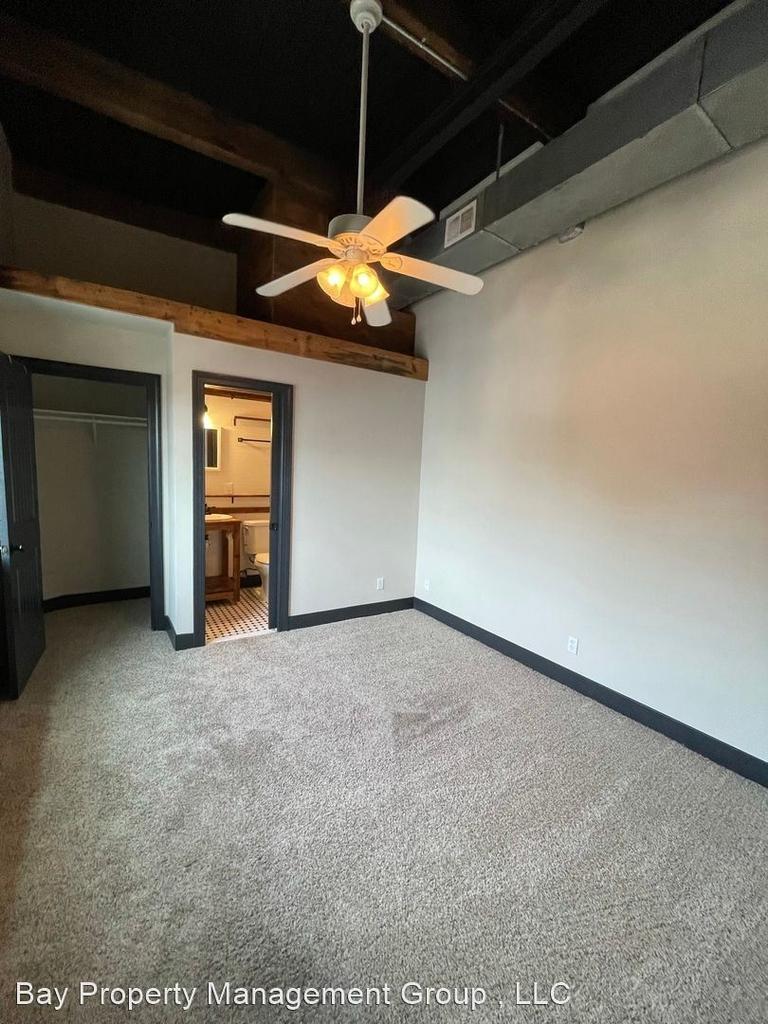 916 Washington Blvd - Upper Floor - Photo 12