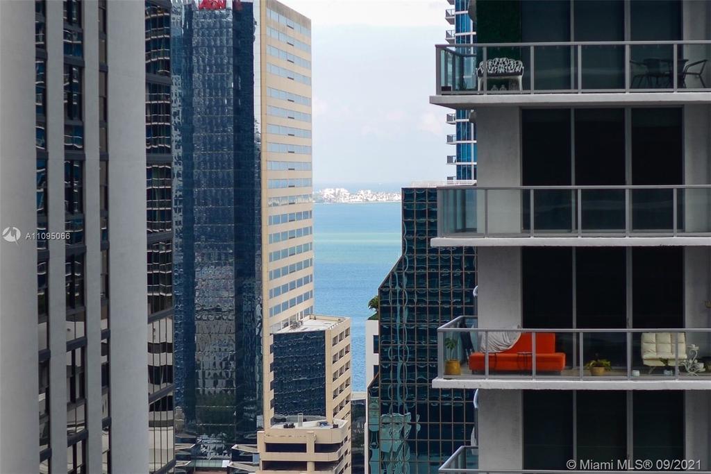 1000 Brickell Plaza - Photo 8