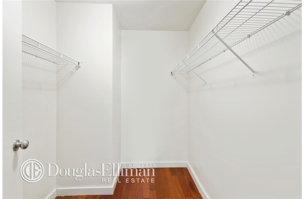 1481 Fifth Ave - Photo 1