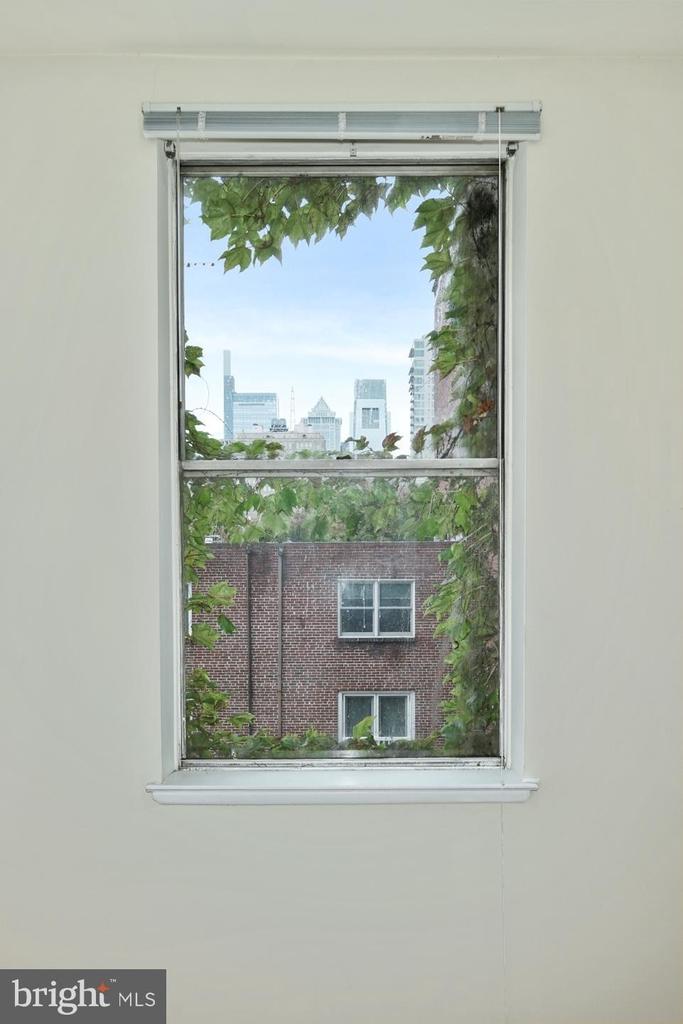 1720 Lombard Street - Photo 12