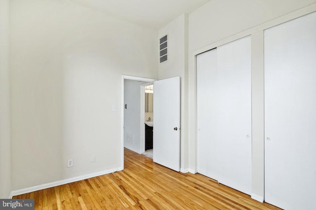 1720 Lombard Street - Photo 15