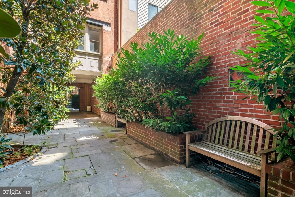 1720 Lombard Street - Photo 6