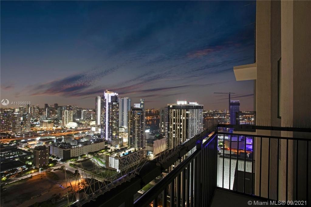 400 Nw 1st Avenue - Photo 9