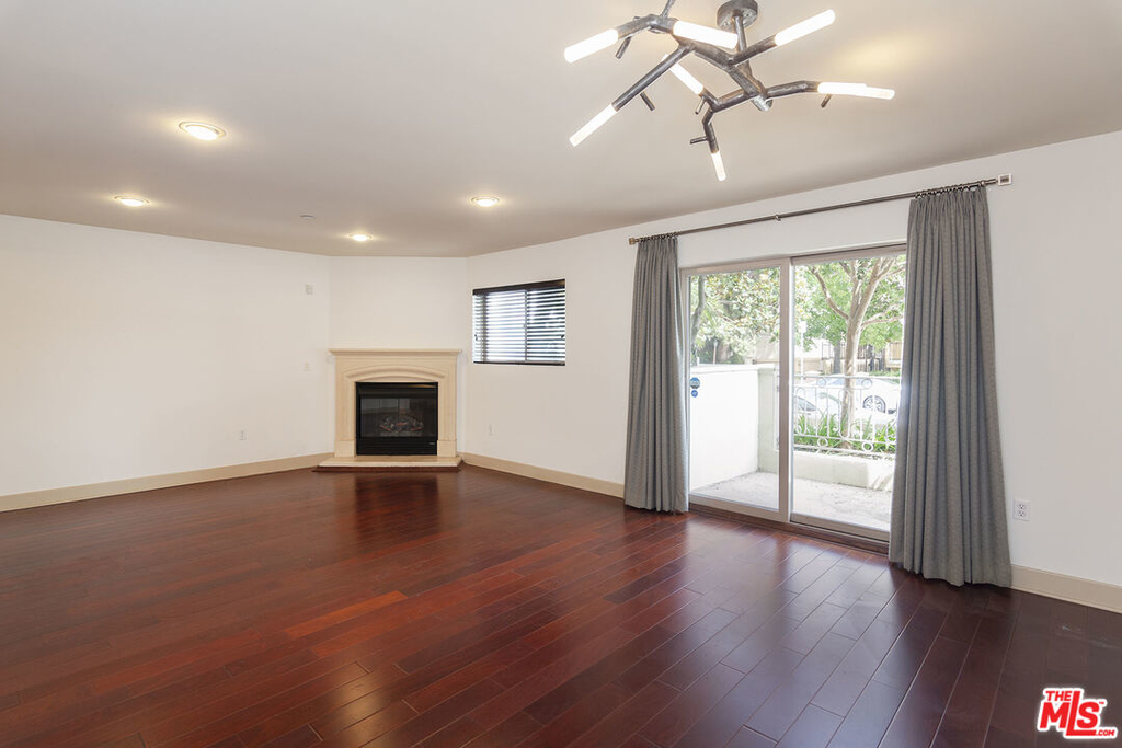 1409 Armacost Ave - Photo 5