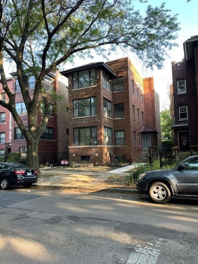 1502 West Jonquil Terrace - Photo 0