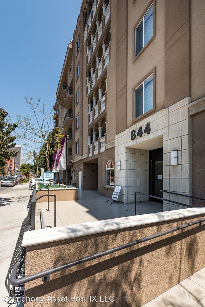 844 Fedora Street - Photo 17