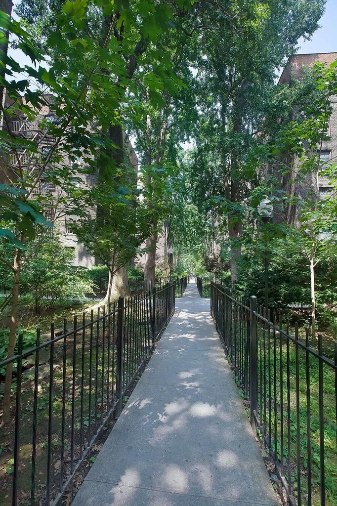 2816 8th Avenue - Photo 5