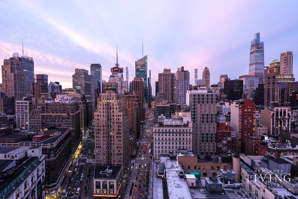 West 34th Street - Photo 9