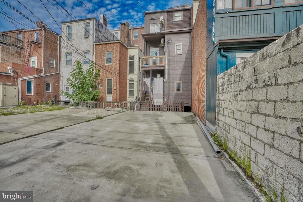 1208 N Calvert Street - Photo 23