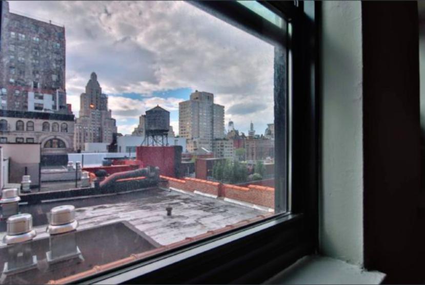 DoormanBldg_Waverly Place - Photo 2