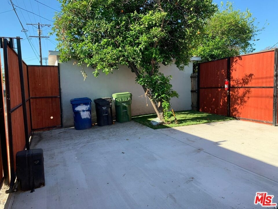 6934 Chimineas Ave - Photo 4