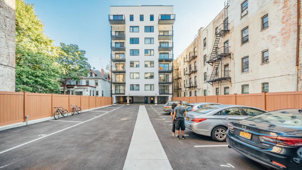 111 Clarkson Avenue - Photo 16
