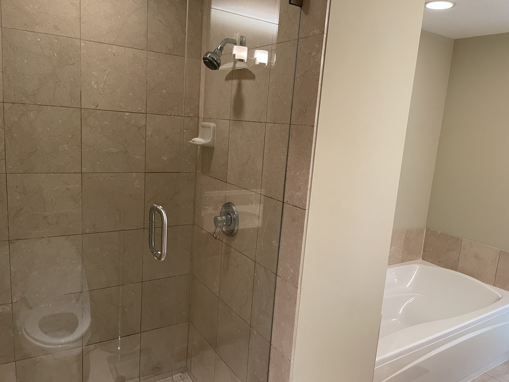 57 East Delaware Place - Photo 11