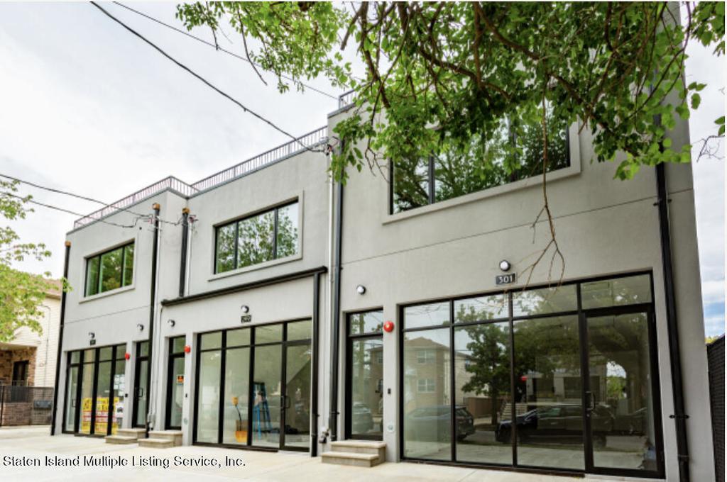 299-301 Cromwell Avenue - Photo 1