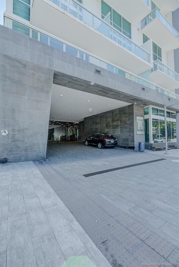 1080 Brickell Ave - Photo 15