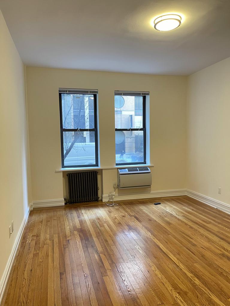 235 East 46th Street - Photo 6