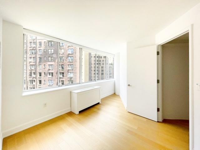 East 54 Street - Photo 3