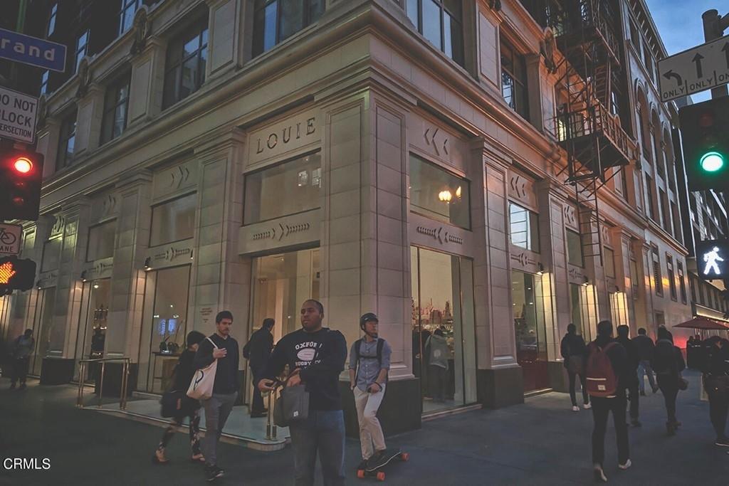 800 W 1st Street - Photo 53