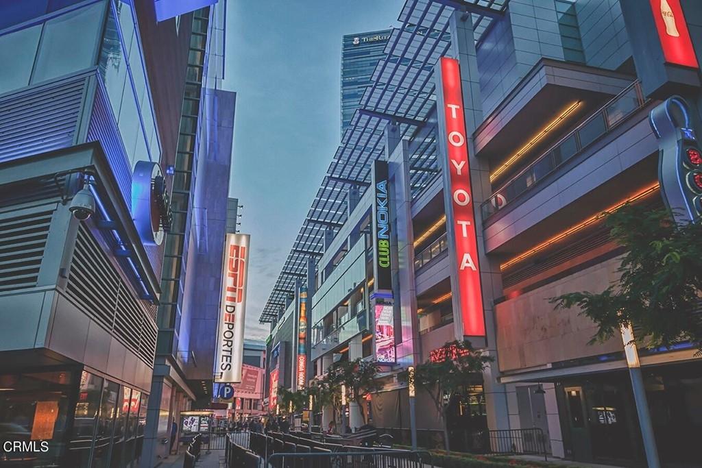 800 W 1st Street - Photo 42