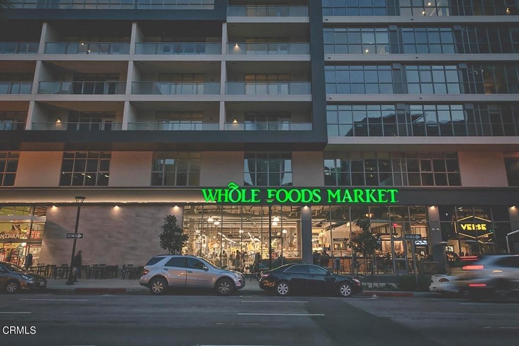 800 W 1st Street - Photo 52