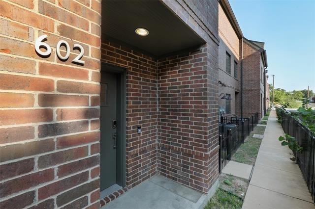 602 Finley Court - Photo 1