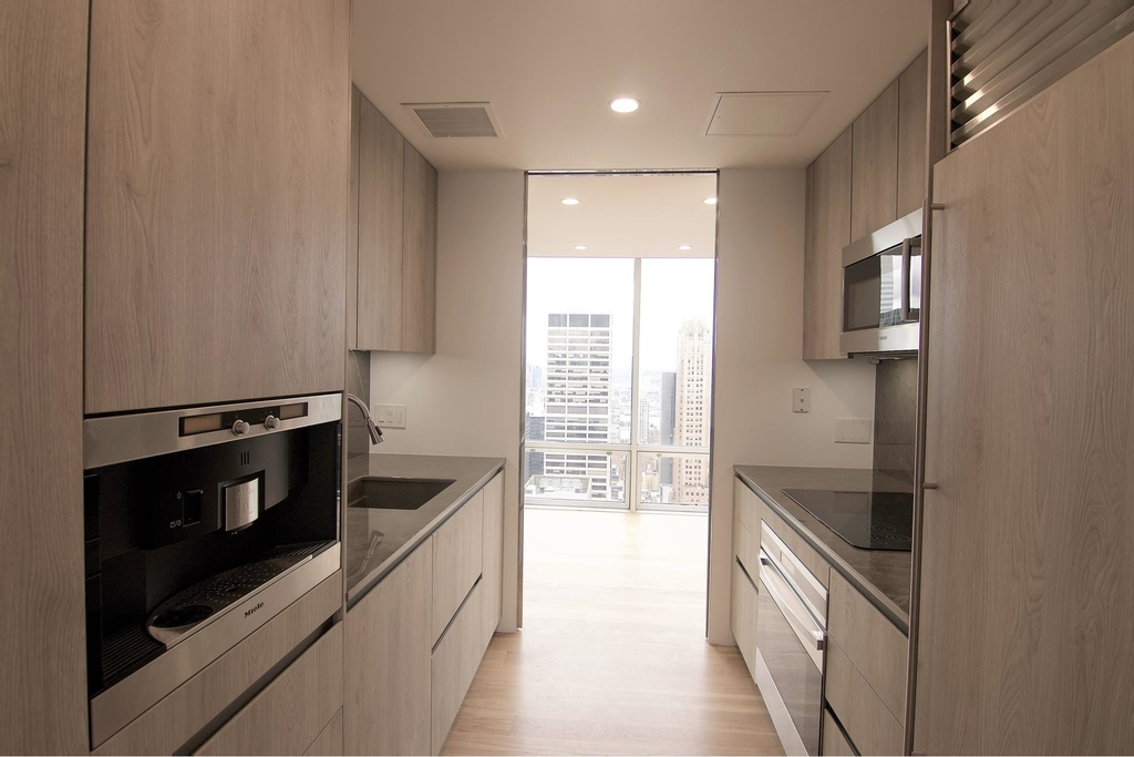 641  Fifth Ave - Photo 6