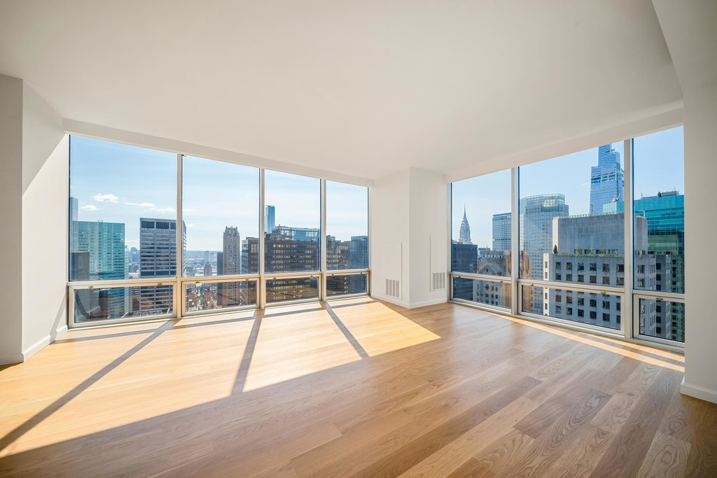 641  Fifth Ave - Photo 9