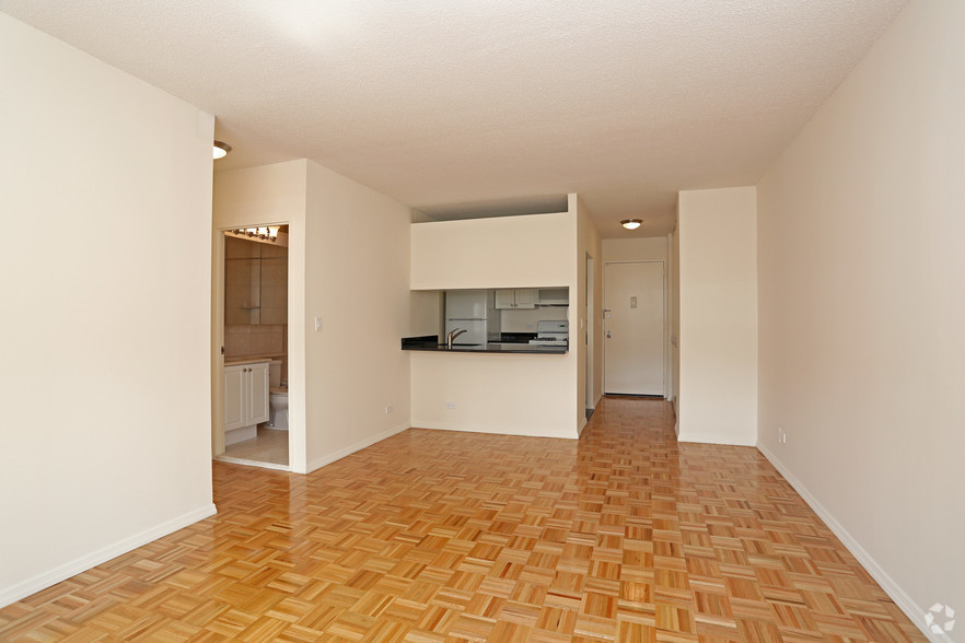 Lexington Ave 1BED CONVERTIBLE 2BED~FULL WALL ALLOWED~24 HR DRMN~POOL,GYM,SAUNA~6Train Close - Photo 1