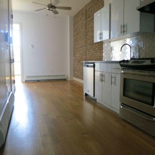 293 Irving Avenue - Photo 8
