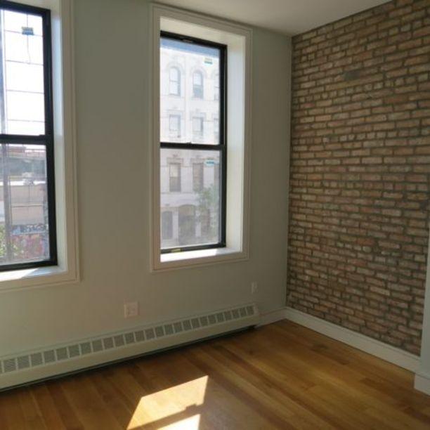 293 Irving Avenue - Photo 6
