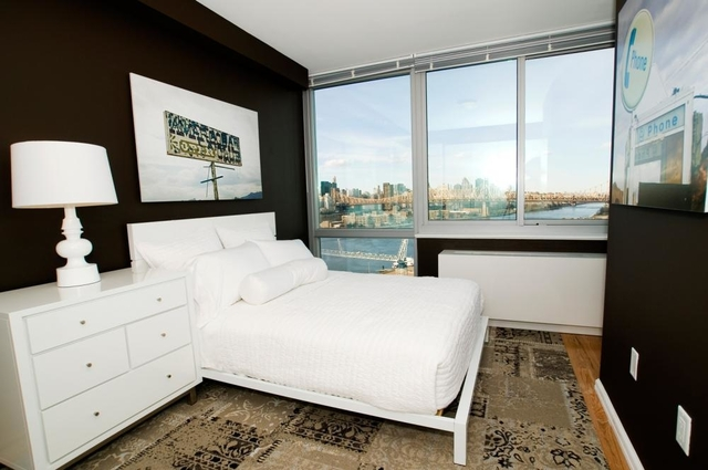 2 Bedrooms, Hunters Point Rental in NYC for $2,950 - Photo 1