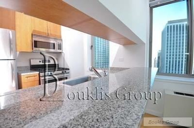 2 Bedrooms, Hunters Point Rental in NYC for $3,978 - Photo 1