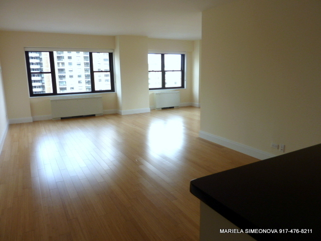 3 Bedrooms, Lincoln Square Rental in NYC for $6,200 - Photo 2