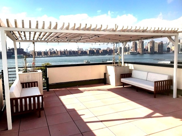 1 Bedroom, Greenpoint Rental in NYC for $3,300 - Photo 1