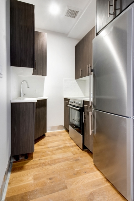 2 Bedrooms, Greenpoint Rental in NYC for $3,050 - Photo 2