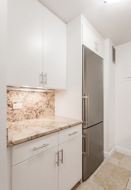 Studio, Yorkville Rental in NYC for $2,855 - Photo 2