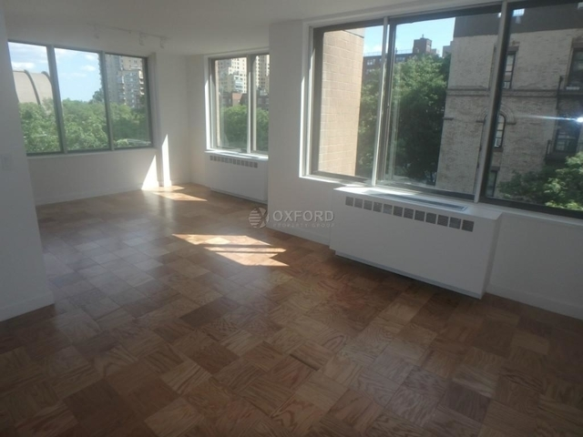 2 Bedrooms, Yorkville Rental in NYC for $4,695 - Photo 2