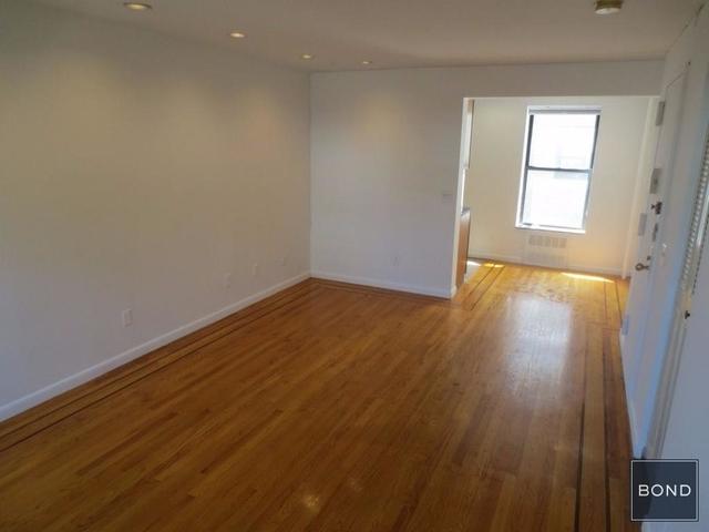 Studio, Hudson Square Rental in NYC for $2,700 - Photo 2