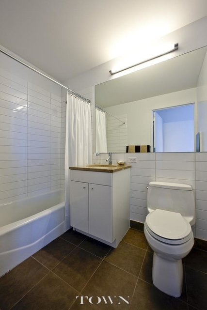 1 Bedroom, Chelsea Rental in NYC for $4,333 - Photo 2