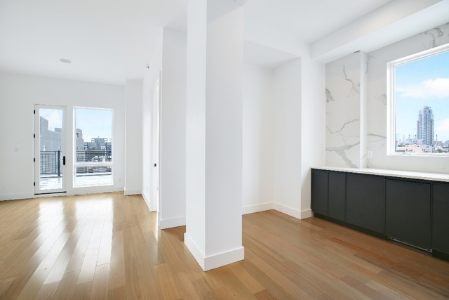 3 Bedrooms, Greenpoint Rental in NYC for $5,495 - Photo 2