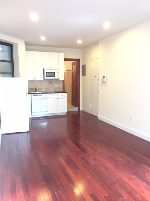 Studio, East Village Rental in NYC for $2,275 - Photo 2
