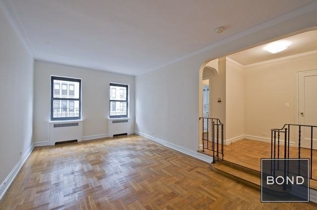 2 Bedrooms, Gramercy Park Rental in NYC for $5,958 - Photo 2