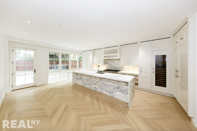 5 Bedrooms, Alphabet City Rental in NYC for $30,000 - Photo 1