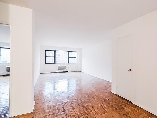 1 Bedroom, Sutton Place Rental in NYC for $3,350 - Photo 1