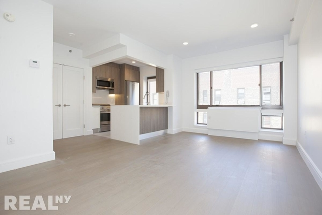 Studio, Hell's Kitchen Rental in NYC for $2,880 - Photo 1