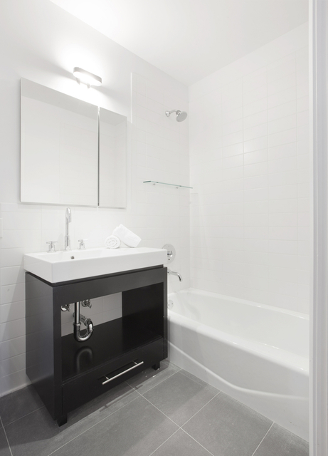 1 Bedroom, DUMBO Rental in NYC for $3,695 - Photo 2
