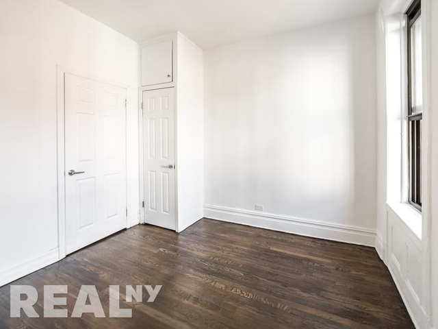 2 Bedrooms, Greenwich Village Rental in NYC for $3,233 - Photo 2