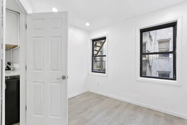 3BR at  mulberry - Photo 1
